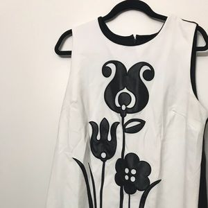 Black and white dress by Victoria Beckham